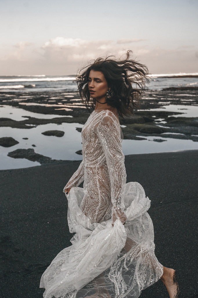 Full-service bridal shop in Vancouver, BC specializing in stylish wedding dresses for the modern bride. We carry a curated collection of wedding dresses, veils, and handmade bridal accessories.