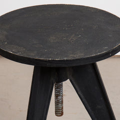 VINTAGE 0019 - Distressed table with adjustable top