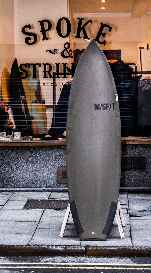 M/SF/T Shapes - 5'10 DINGO BANDIDO w/5 FIN