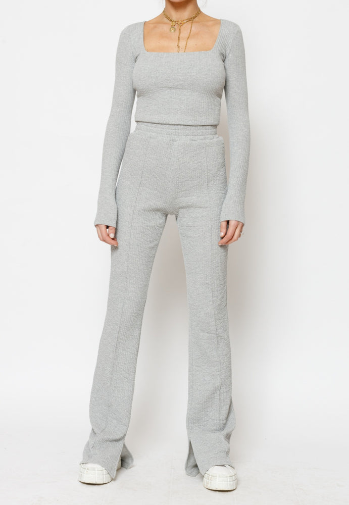 Load image into Gallery viewer, Women's Grey Sandon Textured Long Sleeve Top - P r é v u . S t u d i o .