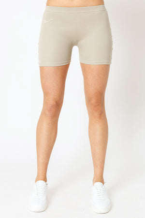 Load image into Gallery viewer, Women's Stone Signature Logo Cycling Shorts - P r é v u . S t u d i o .
