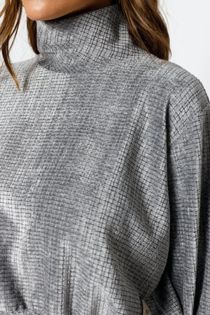 Load image into Gallery viewer, Women's Grey Sondrio Chenille High Neck Regular Fit Sweatshirt - P r é v u . S t u d i o .