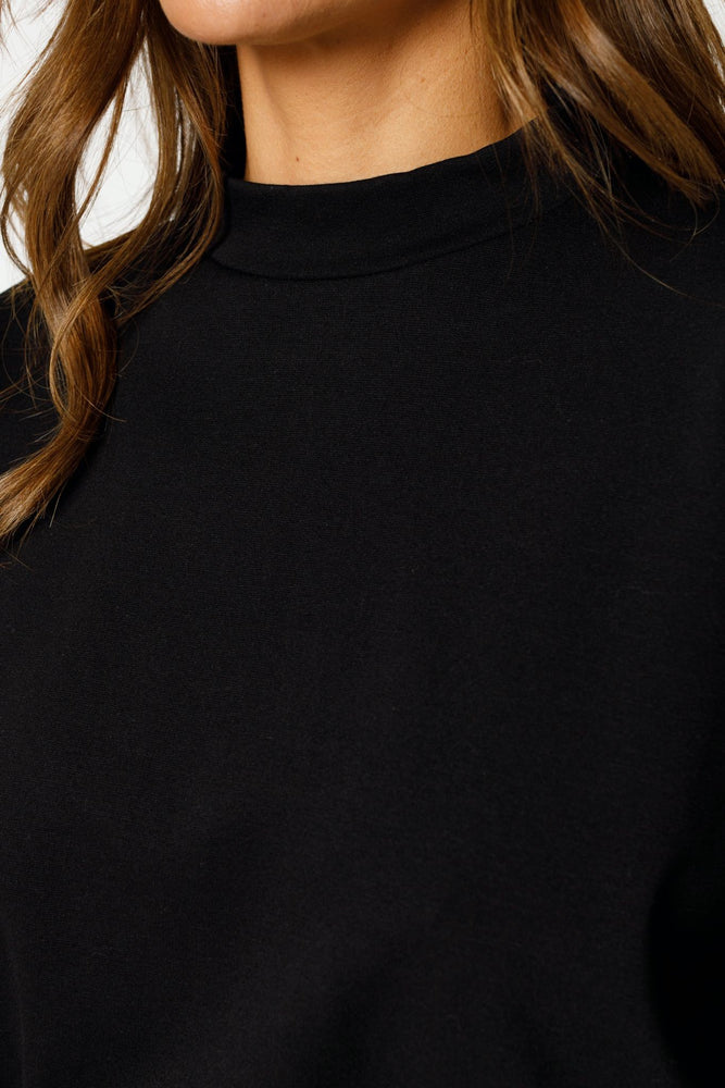 Load image into Gallery viewer, Women's Black Ripley Taped Regular Fit Sweatshirt - P r é v u . S t u d i o .