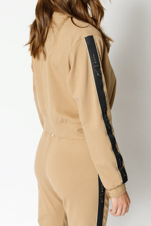 Load image into Gallery viewer, Women's Tan Ripley Taped Regular Fit Sweatshirt - P r é v u . S t u d i o .