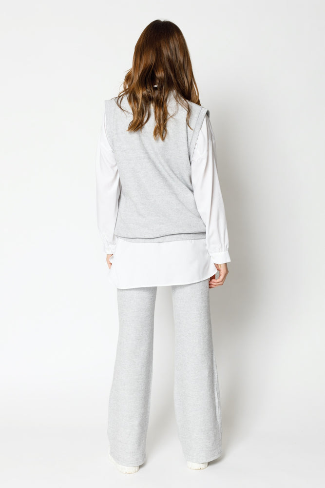 Load image into Gallery viewer, Women's Light Grey Attica Flecked Oversized Vest - P r é v u . S t u d i o .