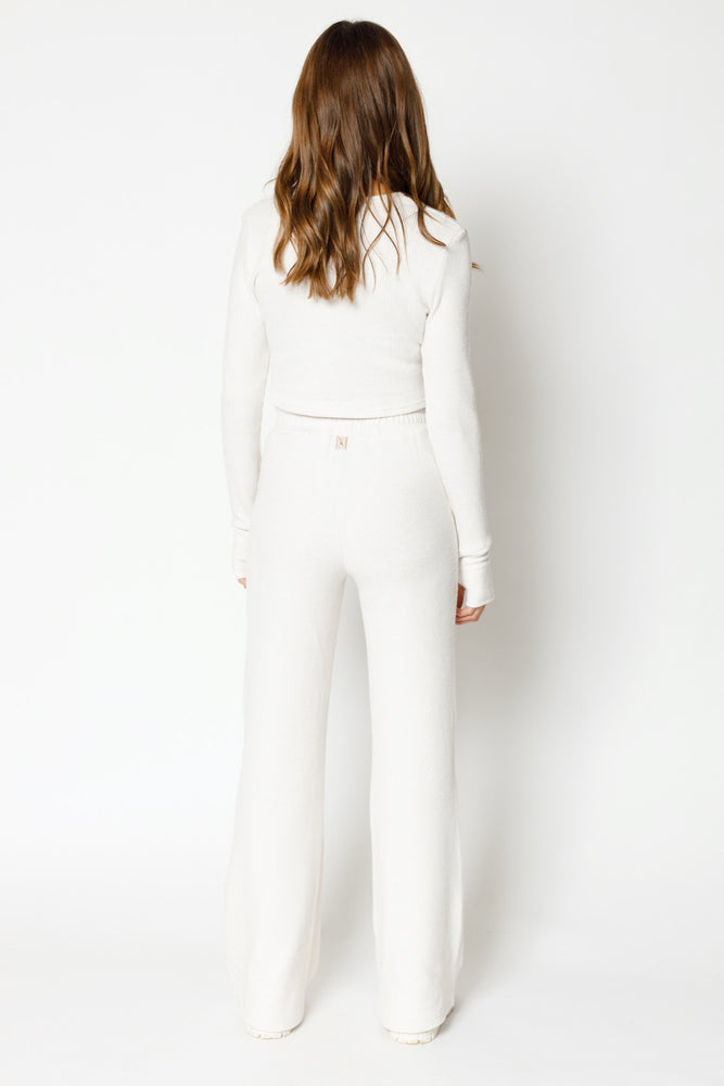 Load image into Gallery viewer, Women's Ecru Attica Flecked Wide Leg Trousers - P r é v u . S t u d i o .