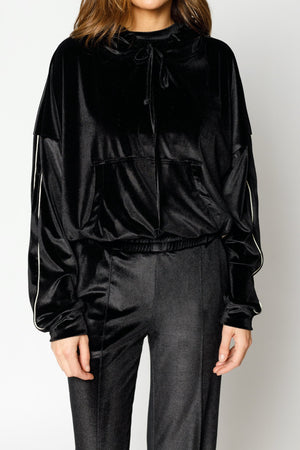 Load image into Gallery viewer, Women's Black Velour Piped Regular Fit Hoodie - P r é v u . S t u d i o .