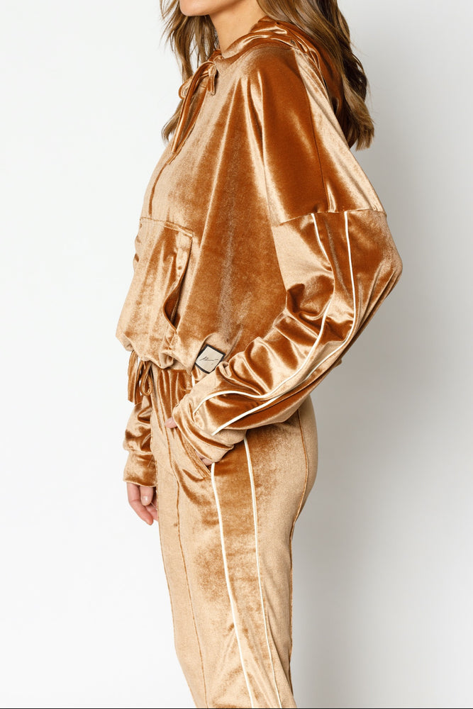 Load image into Gallery viewer, Women's Tan Velour Piped Skinny Fit Joggers - P r é v u . S t u d i o .