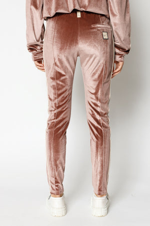 Load image into Gallery viewer, Women's Pink Velour Piped Skinny Fit Joggers - P r é v u . S t u d i o .