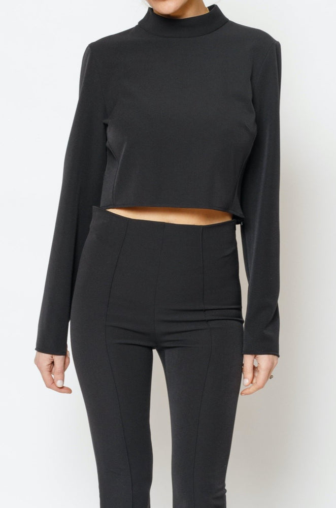 Women's Black San Cropped Turtle Neck Top - P r é v u . S t u d i o .