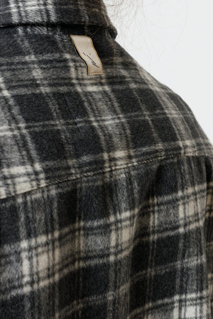 Load image into Gallery viewer, Women's Dark Grey Vinita Check Flannel Oversized Shirts - P r é v u . S t u d i o .