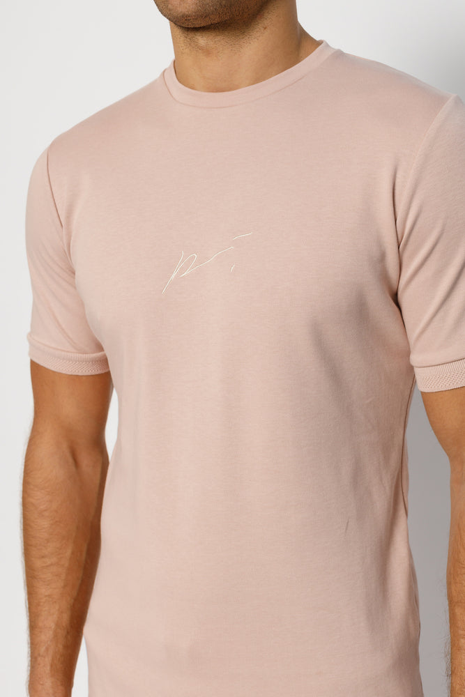 Load image into Gallery viewer, Pink Signature Logo Print Slim Fit T-Shirt - P r é v u . S t u d i o .