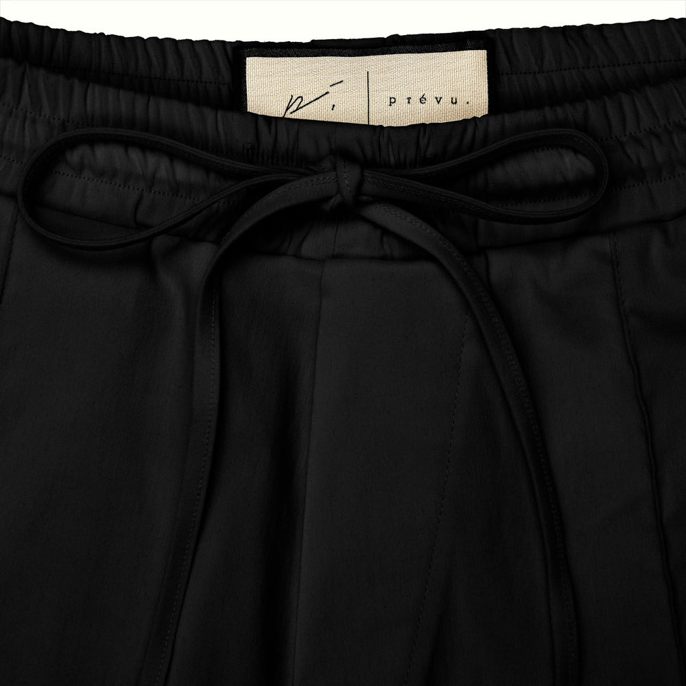 Wall Street Contrast Short Black