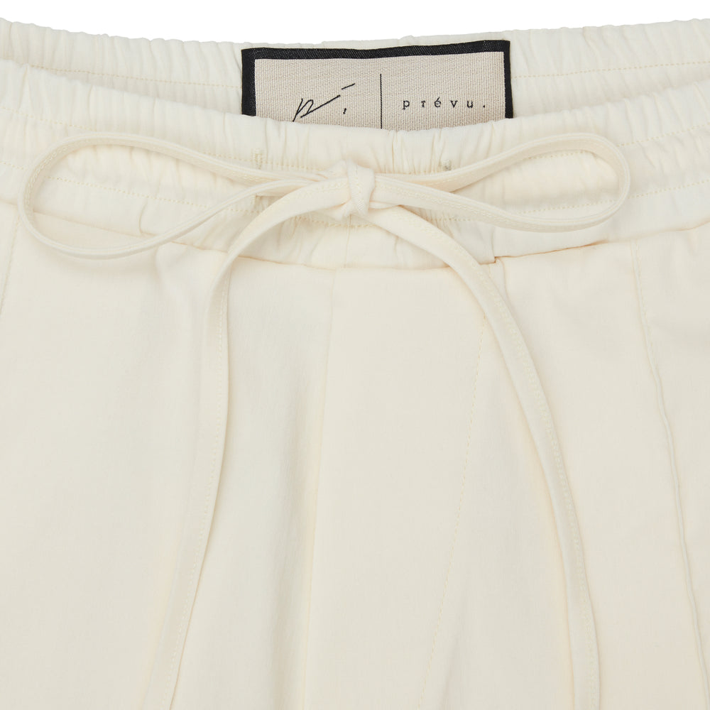 Wall Street Contrast Short Ivory