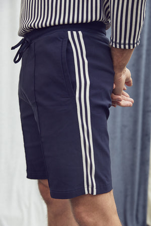 Load image into Gallery viewer, Navy Charter Taped Shorts - P r é v u . S t u d i o .