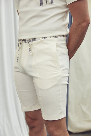 Load image into Gallery viewer, Cream Formentera Contrast Shorts - P r é v u . S t u d i o .