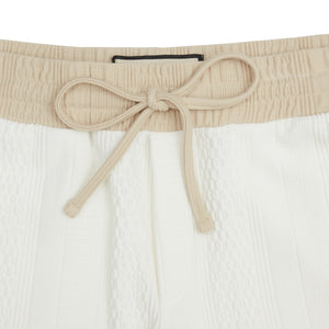 Load image into Gallery viewer, Cream Broad Street Contrast Shorts - P r é v u . S t u d i o .