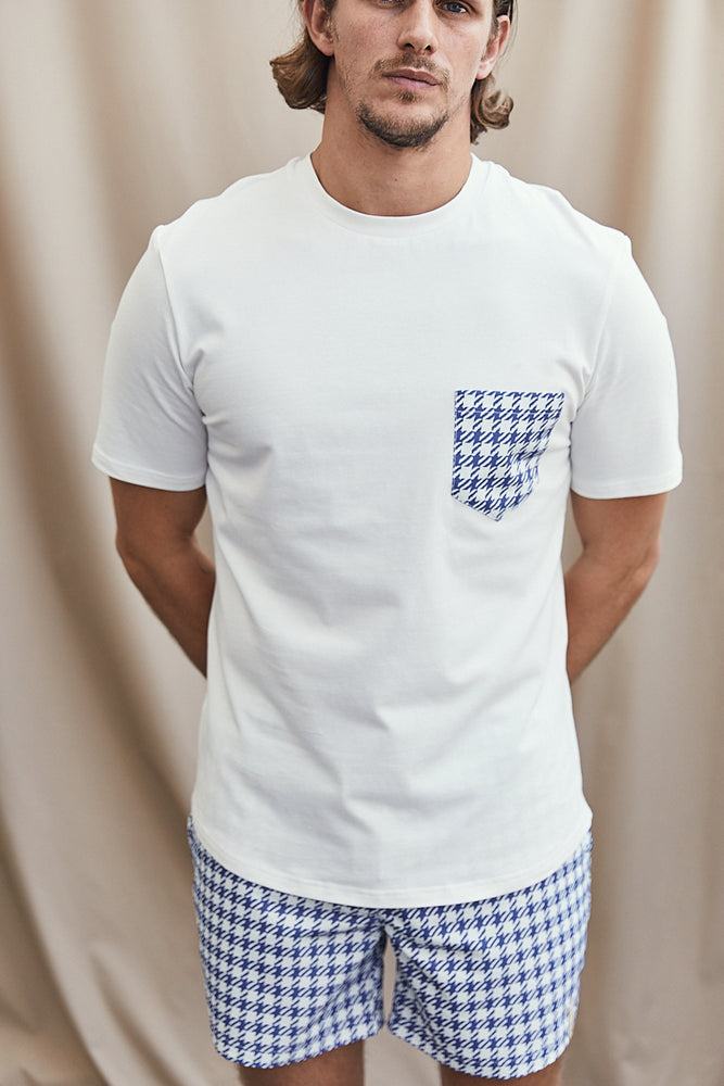 White Contrast Blue Pocket Slim Fit T-Shirt - P r é v u . S t u d i o .
