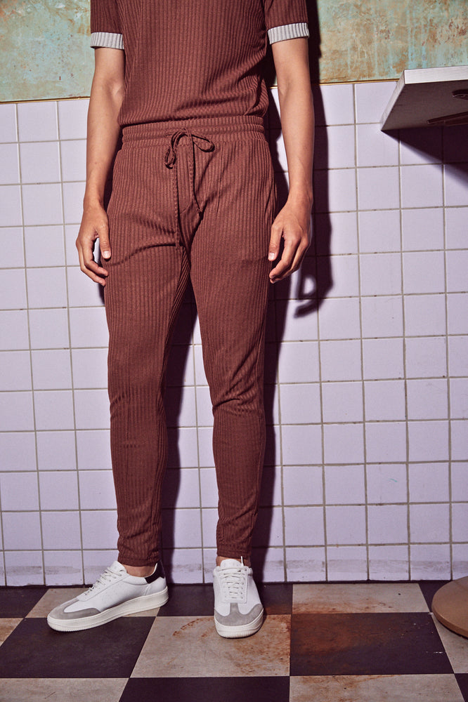 Load image into Gallery viewer, Brown Kas Ribbed Slim Fit Trousers - P r é v u . S t u d i o .