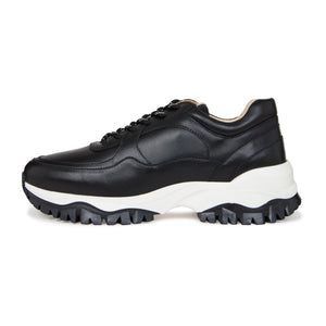 Black Maxilla Leather Chunky Trainers - P r é v u . S t u d i o .