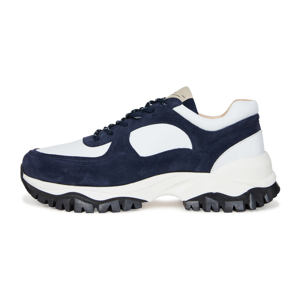 White and Navy Maxilla Leather Trainers - P r é v u . S t u d i o .