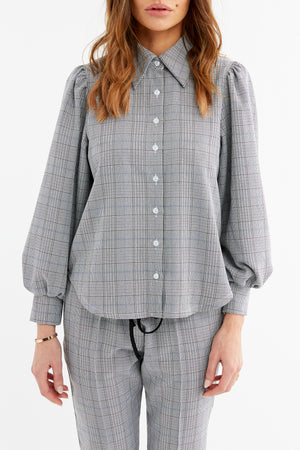 Load image into Gallery viewer, Women's Black and White Marano Check Shirt - P r é v u . S t u d i o .