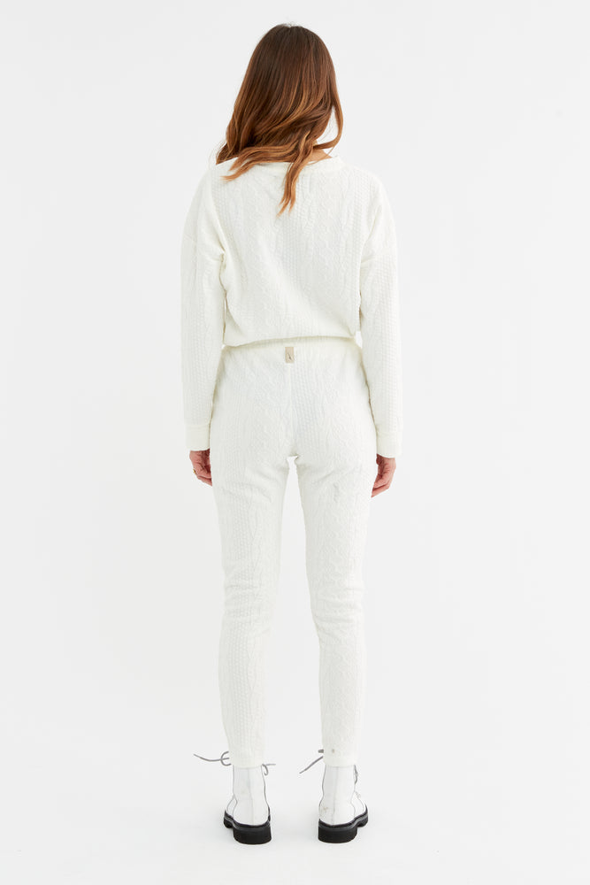 Women's Cream Cruise Skinny Fit Trousers - P r é v u . S t u d i o .