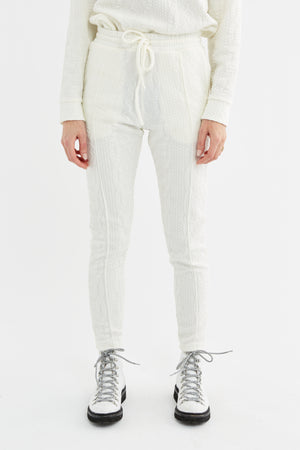 Load image into Gallery viewer, Women's Cream Cruise Skinny Fit Trousers - P r é v u . S t u d i o .
