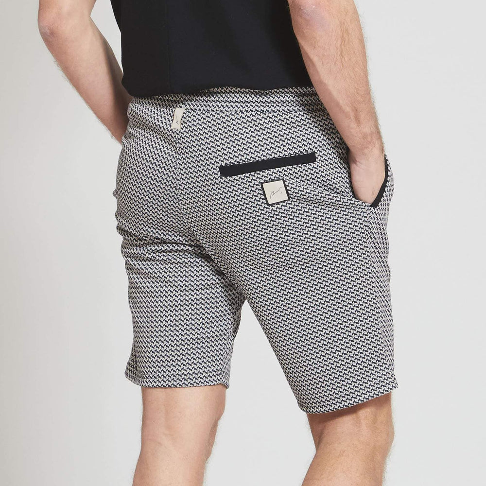 Load image into Gallery viewer, Pink and Black Carman Slim Fit Short - Prévu Studio