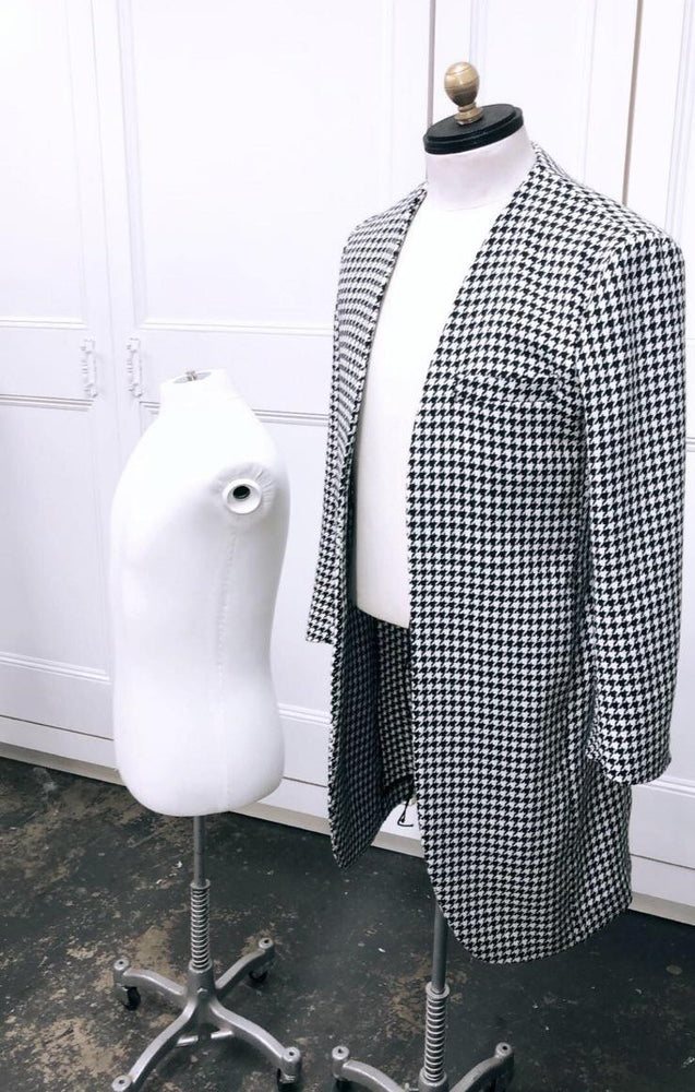 Black and White Monroe Houndstooth Check Overcoat - P r é v u . S t u d i o .