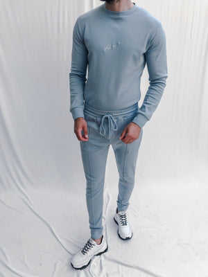 Load image into Gallery viewer, Blue Signature Logo Slim Fit Joggers - P r é v u . S t u d i o .