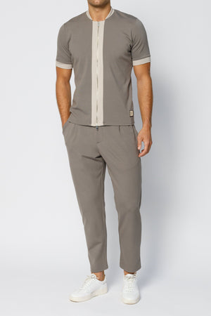 Load image into Gallery viewer, Grey Ried Tailored Regular Fit Trousers - P r é v u . S t u d i o .