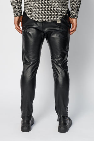 Load image into Gallery viewer, Black Elm Premium Leather Skinny Fit Trousers - P r é v u . S t u d i o .