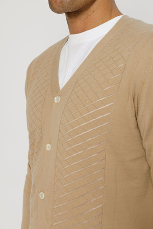 Load image into Gallery viewer, Beige Wentworth Knitted Cardigan - P r é v u . S t u d i o .