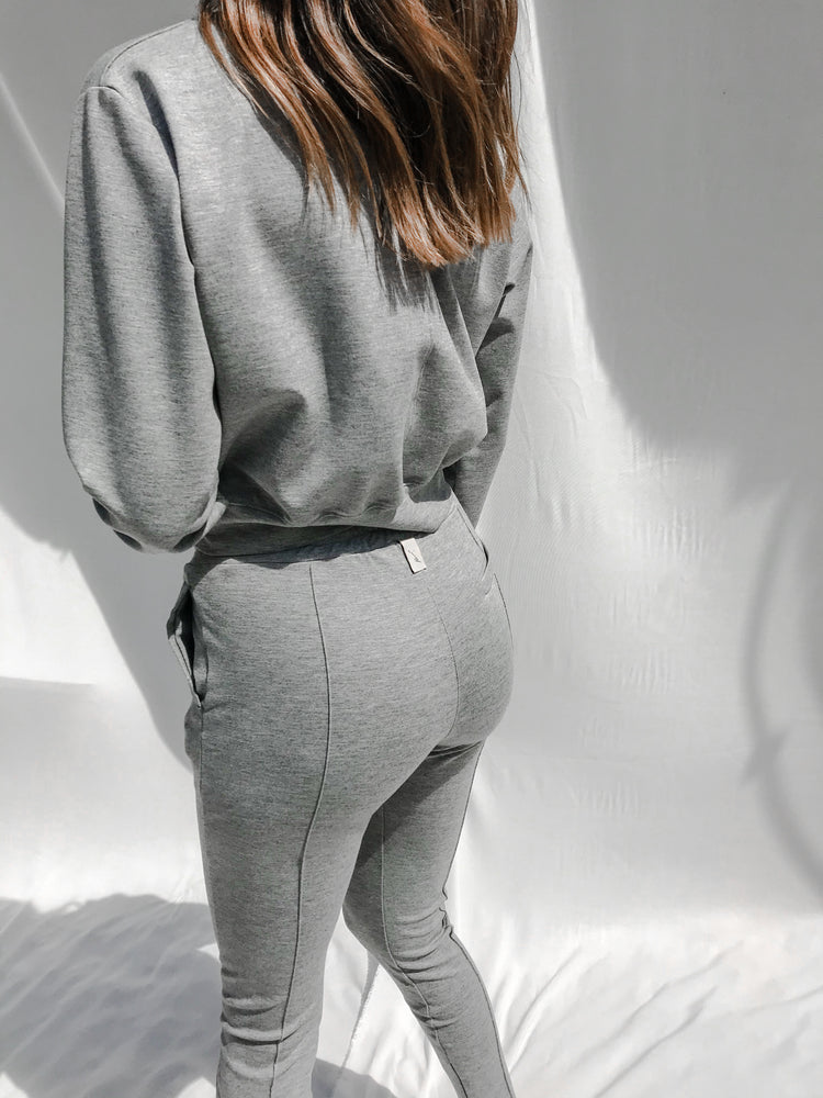 Women's Grey Aruba Regular Fit Sweatshirt - P r é v u . S t u d i o .