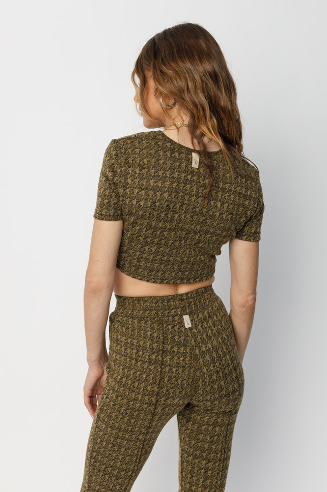 Women's Green and Black Inca Puppytooth Crop Top - P r é v u . S t u d i o .
