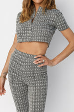 Women's Ecru and Black Inca Puppytooth Crop Top - P r é v u . S t u d i o .