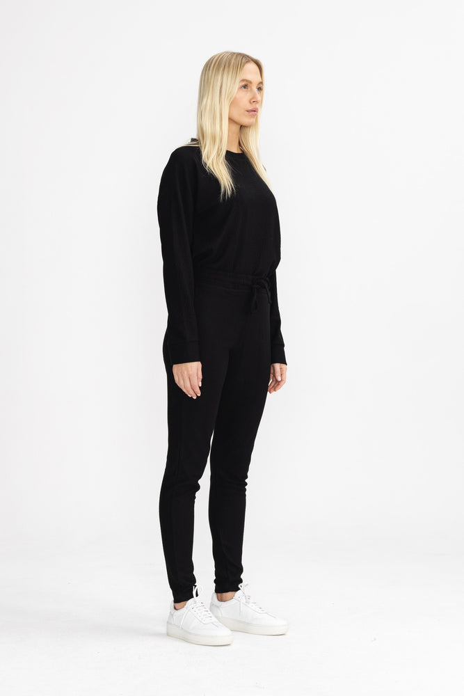 Women's Black Noire Long Sleeve T-shirt - P r é v u . S t u d i o .