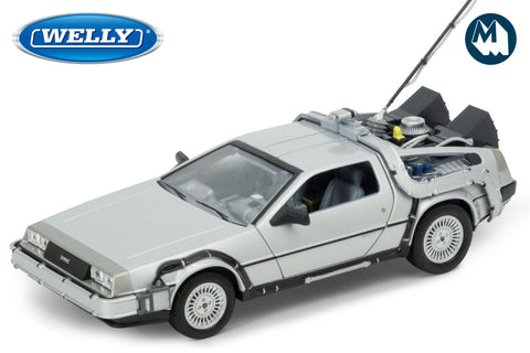 1:24 - DMC DeLorean Time Machine / Back to the Future