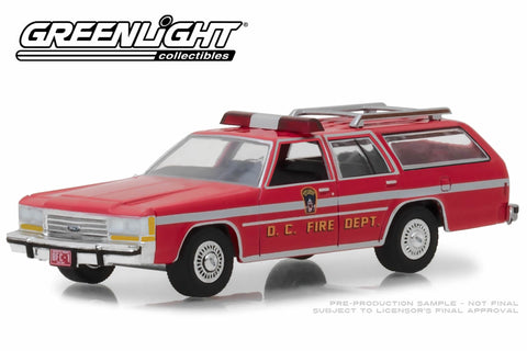 1990 Ford LTD Crown Victoria Wagon - Washington D.C. Fire Dept.