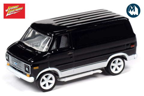 1976 Chevrolet G-20 Van - Gloss Black with White Trim