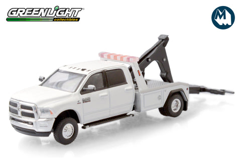 2018 Ram 3500 Dually Wrecker - Bright White
