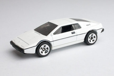 Lotus Esprit S1 (The Spy Who Loved Me)