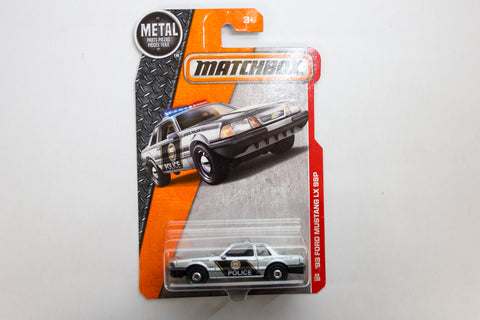 066/125 - '92 Ford Mustang Police Car