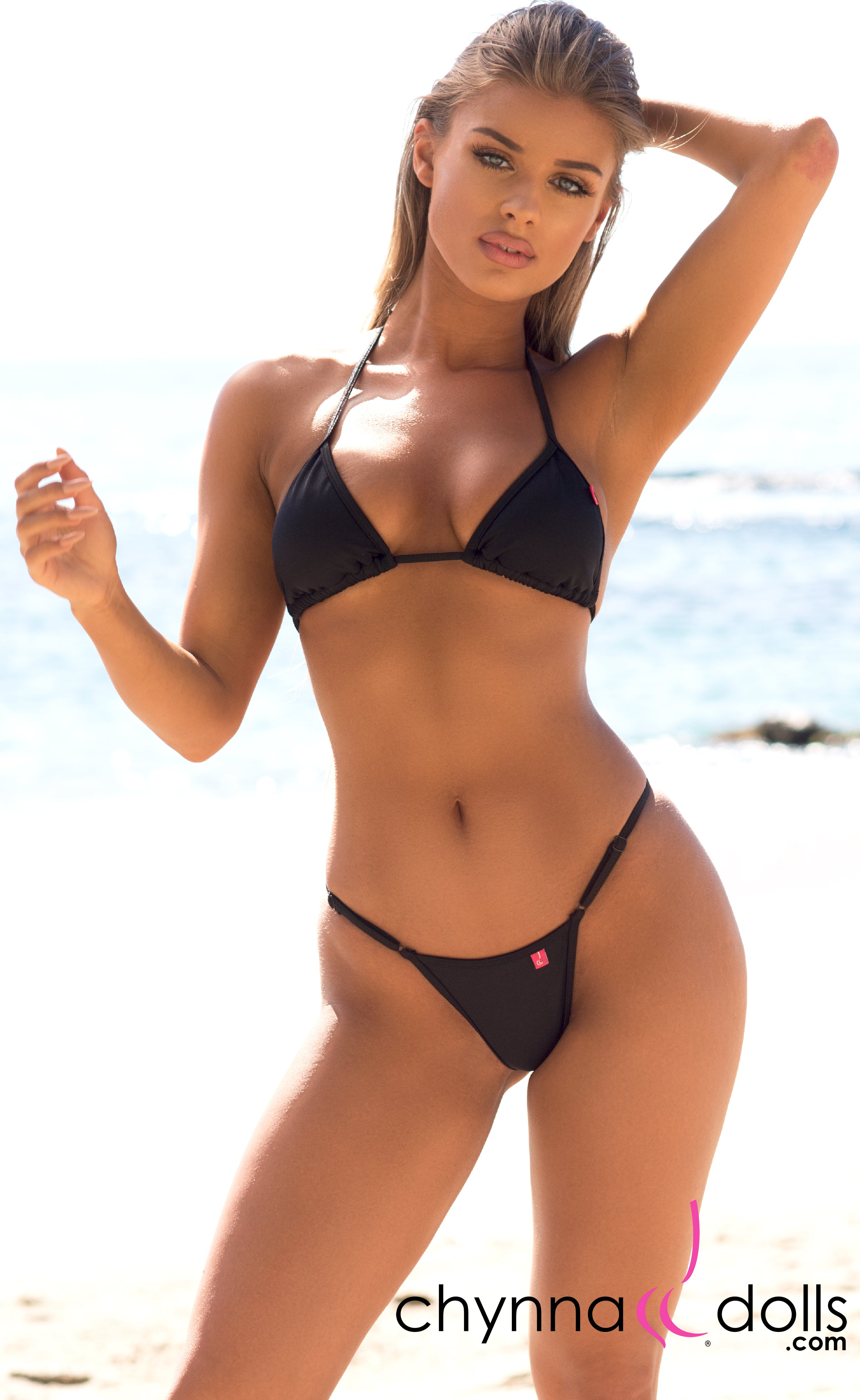 Rio: T-Back Thong Bikini in Solid Black