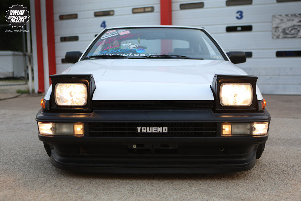 Toyota AE86 Trueno 15x9 wheels retractable headlights