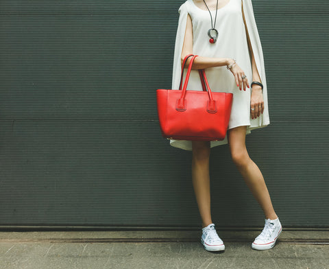 4-tips-to-get-a-designer-bag-for-less
