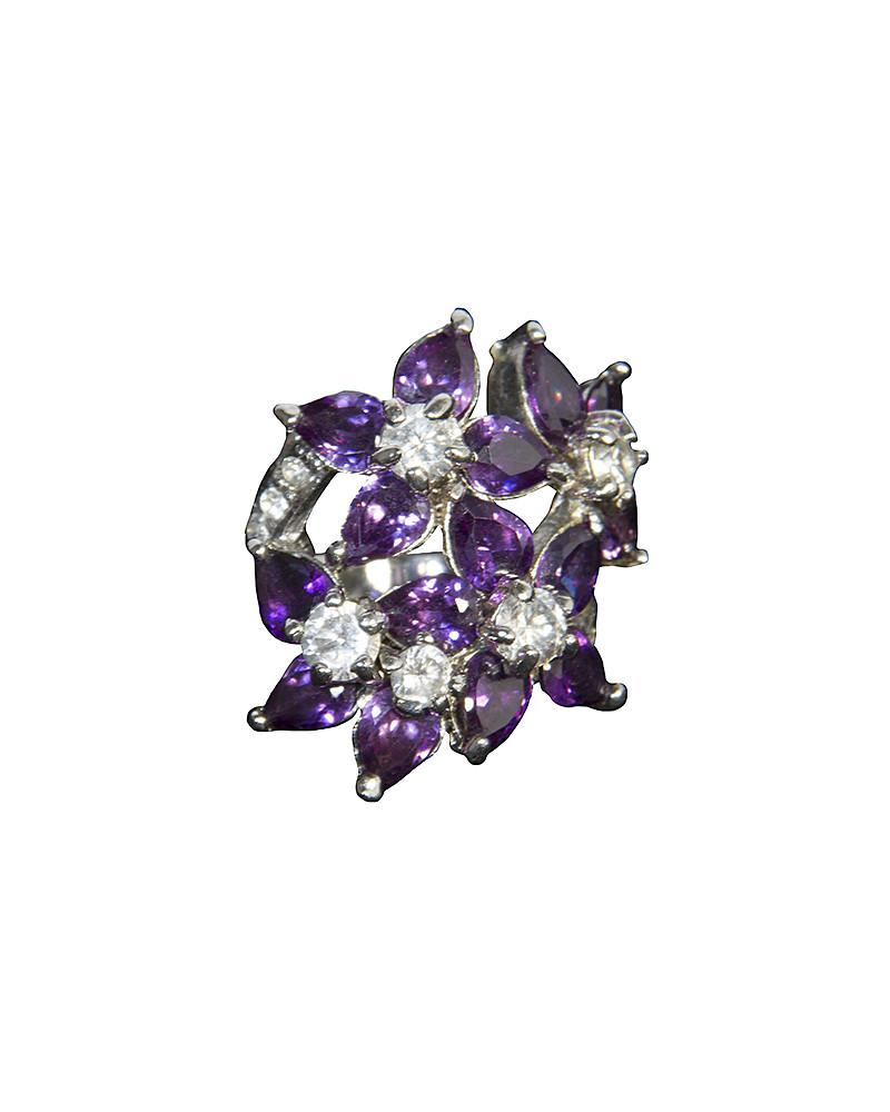 Flower Pendant Ring - Jolie - Covetella Dress Rentals