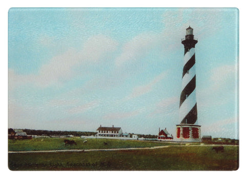 North Carolina's Cape Hatteras Lighthouse As Glass Cutting Board