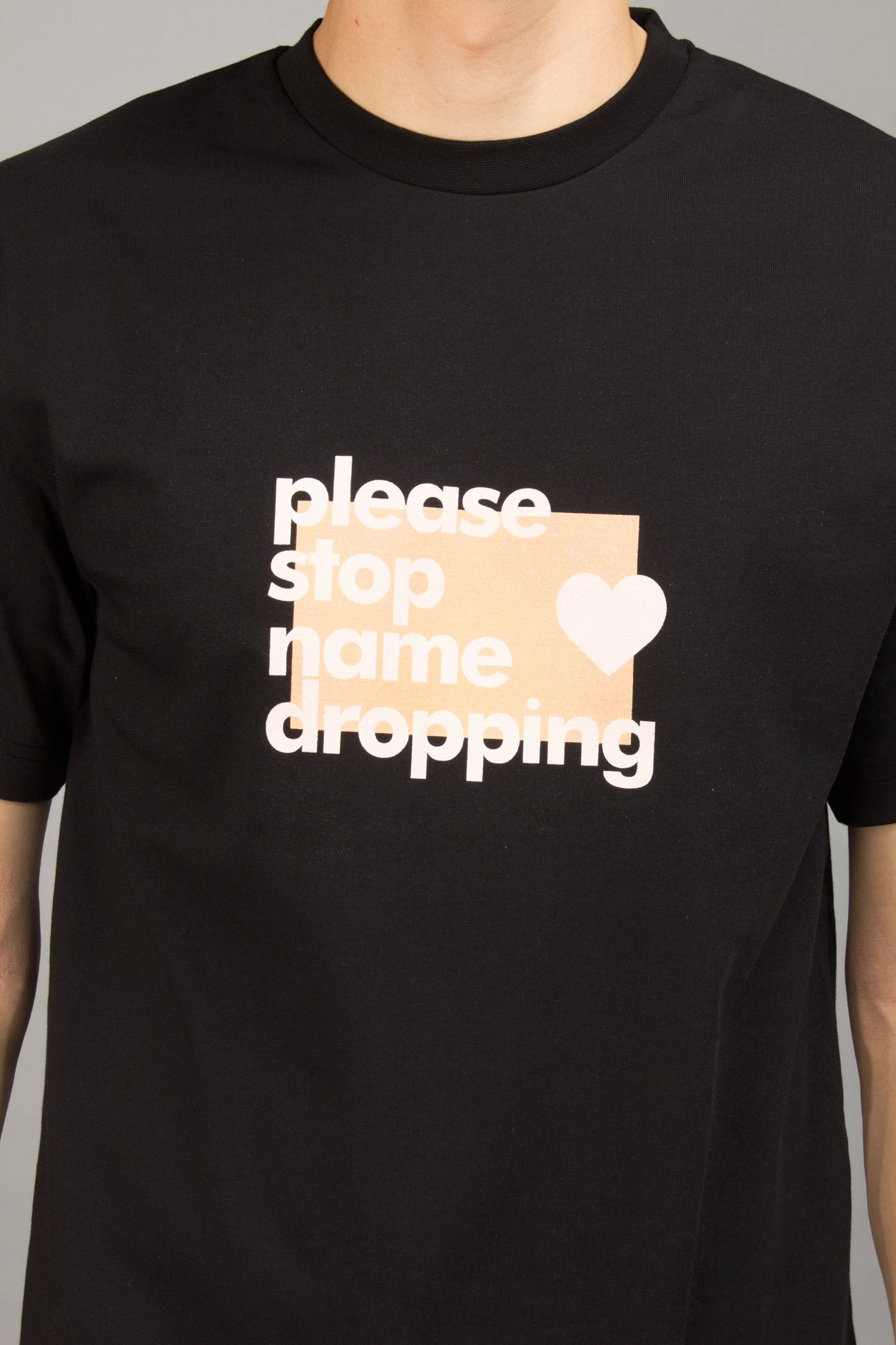 BLACK NAMEDROPPING TEE